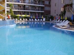 sunny beach hotel kavkaz golden dune 9