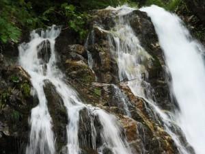 cascada-urlatoarea-mare
