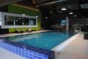 Hotel Orizont piscina