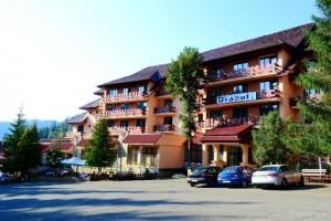 Hotel Bradul Durau